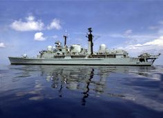 HMS Gloucester is about to make its final voyage to a scrapyard in Turkey British Armed Forces, Navy Ships, Gloucester, Royal Navy, Rubber Raincoats, Room Stuff, History, Citizen, Boats