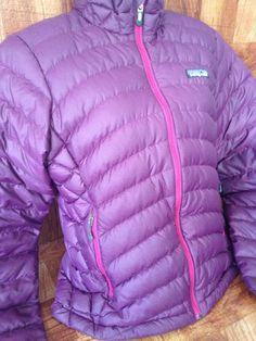 Patagonia Violetti Plum Women's Goose Down Puffer Sweater Jacket Size S #Patagonia #Puffer