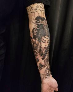 Kenny thanks for putting up with me and helping me through this hard time. Geisha Tattoos, Forearm Sleeve, Geisha Art, Asian Tattoos, Oriental Tattoo, Japanese Sleeve Tattoos, Samurai Tattoo, Feminine Tattoos, Japanese Geisha
