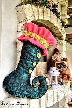 levoncia_levon / Mikulášska čižma Christmas Stockings, Holiday Decor, Home Decor, Needlepoint Christmas Stockings, Decoration Home, Room Decor, Christmas Leggings, Home Interior Design, Home Decoration
