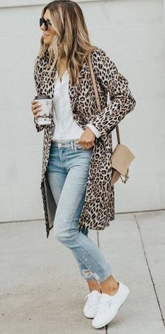 women's brown-and-black leopard spotted coat; white button up shi… women's brown-and-black leopard spotted coat; white button up shirt ; pair of white low top sneakers Look Fashion, Winter Fashion, Fashion Outfits, Womens Fashion, Sneakers Fashion, Fashion Ideas, Kimono Fashion, Style Work, Mode Style