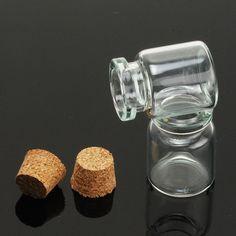Купить товар30 мм высота 10 шт./лот мини стекло пузырь дрейф бутылки флаконы ясно прозрачные бутылки с Cork 10022551 в категории Подвескина AliExpress.     Крошечные желая стеклянные бутылки с пробками                        Диаметр бутылки:           12 мм/10 мм