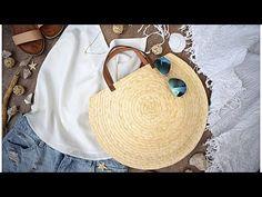 Пляжная сумка своими руками! | DIY ideas - YouTube Crochet Handbags, Crochet Purses, Diy Fashion, Fashion Bags, Diy Wedding Shoes, Diy Purse, Jute Bags, Mode Style, Sewing Clothes