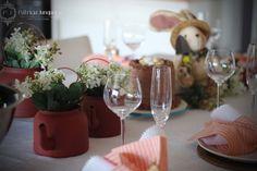 Decoração de Páscoa em Coral e tons terrosos por Patricia Junqueira {Home, Receber & Baby}. Veja todos os detalhes para você ser uma boa anfitriã!