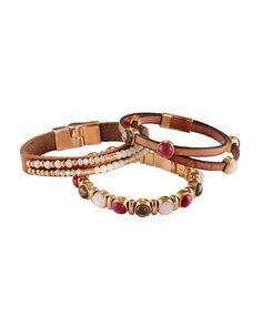 Armband mit bunten Schmucksteinen und Magnetverschluss. #perlen #leder #armband #schmuck