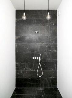 thomasdahlshower.jpg  I like the lights, not in a shower mind you...