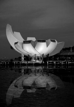 Moshe Safdie Architects [Marina Bay Sands]