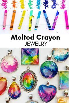 Melted Crayon Crafts, Diy Crayons, Melting Crayons, Crafts With Crayons, Diy Resin Crafts, Crafts To Sell, Diy Crafts For Adults, Kid Crafts, Crayon Set