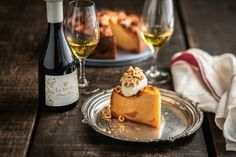 Vanilla Paste, How To Roast Hazelnuts, Honey Cake, Vanilla Essence, Creme Fraiche, Cake Flour, Cake Tins, Winter Day, Yummy Cakes