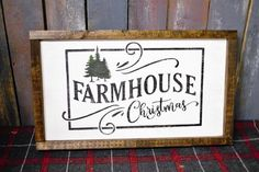 Your place to buy and sell all things handmade Farm House Christmas Farmhouse sign Christmas sign Painted Christmas Wooden Signs, Christmas Farm, Holiday Signs, Farmhouse Christmas Decor, Plaid Christmas, Christmas Projects, Winter Christmas, Holiday Crafts, Christmas Ideas