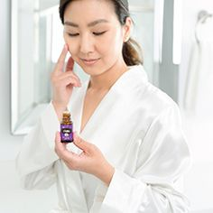 Young Living Essential Oils for Skin: Ylang Ylang, Geranium, Cedarwood, Frankincense, Lavender yl.pe/qtb