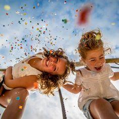 Super portret van twee geweldige kinderen. Als je hier niet vrolijk van wordt...