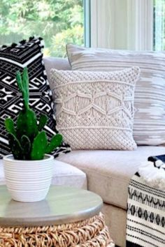 We are wild about colored throw pillows. The first thing to do when you're picking a throw pillow is to choose a color scheme. Keep reading as we share seven easy ways to mix and match throw pillows from a design pro. Hadley Court Interior Design Blog by Central Texas Interior Designer, Leslie Hendrix Wood.