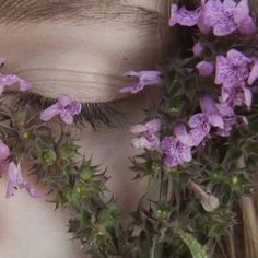 Image about girl in flowers🌷🌸🌹 by manna manna narkomanna Fae Aesthetic, Violet Aesthetic, Lavender Aesthetic, Rapunzel, Spring Awakening, Dear Evan Hansen, Garden Show, Different Light, Faeries