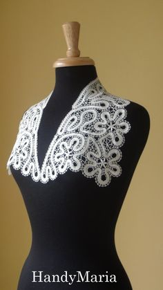 Love the shape of this other Lace Collar, too ~~ Peter Pan? Edwardian? Armistice Blouse? mmm...