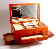 Designs for Wooden Jewelry Boxes http://www.woodesigner.net provides fantastic advice as well as ideas to wood working