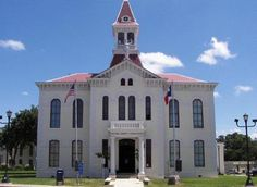 Floresville Texas, Texas County, South Texas, Rio Grande Valley, County Seat, Buildings, Mansions, House Styles, Modern
