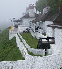 Fort Mackinac - Mackinac Island, Michigan they have a great of July picnic celebration.a step back in time! Had the best eclair here. Michigan Vacations, Michigan Travel, Mackinac Island Michigan, Lake Michigan, Mackinaw City, Mackinac Bridge, Northern Michigan, Grand Hotel, Great Lakes