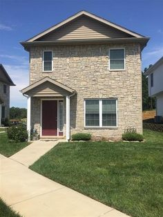 1774 W Eventide Dr, Bloomington, IN 47403 - Home For Sale and Real Estate Listing - realtor.com®