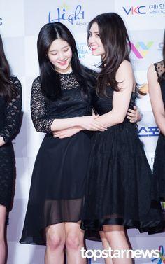 [HD포토] 아이오아이(I.O.I) 정채연-전소미 너무 추운 날씨에 서로 부둥켜 안고 #서울가요대상 #아이오아이 #IOI #정채연 #전소미
