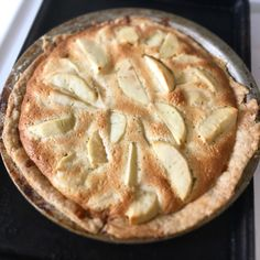Almond Rum Butter Cream Apple Pie (or Tarte Bourdaloue aux Pommes) Rum Butter, Salted Caramel Ice Cream, Grocery Store, Sweet Stuff, Apple Pie, Apples, Cravings, Almond, Inspired