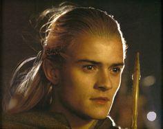 Tolkien's Lord of the Rings :: Legolas photo gallery Sherlock Holmes Benedict, Sherlock John, Benedict Cumberbatch, Fellowship Of The Ring, Lord Of The Rings, Orlando Bloom Legolas, Lotr Elves, Legolas And Thranduil, Elfa