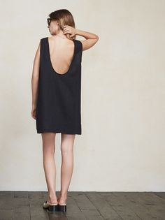 Loose and natural, like your parents in the 70s. The Barbados Dress. https://www.thereformation.com/products/barbados-dress-noir-black?utm_source=pinterest&utm_medium=organic&utm_campaign=PinterestOwnedPins