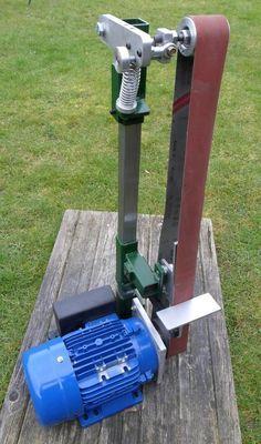 Modular Grinder Kits Tools Of The Trade Welding Classes, Welding Jobs, Welding Projects, Welding Ideas, Knife Grinder, Belt Grinder, Homemade Tools, Diy Tools, Safe Schools