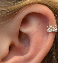 150+ Ear Cartilage Piercing Examples, Jewelry and Information nice  Check more at http://fabulousdesign.net/ear-cartilage-piercing/