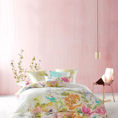 Time to update your quilt cover? Coming in a huge array of colours and styles, you're sure to find the perfect quilt cover set with Linen House. Linen Bedroom, Home Bedroom, Linen Bedding, Bedding Sets, Bedroom Decor, Bedrooms, Master Bedroom, Bed Linen Australia, Checked Cushions