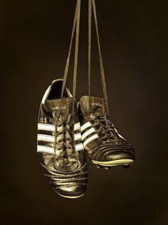 Czy macie takie buty piłkarskie w swojej kolekcji? • Kultowe buty piłkarskie Adidas Copa Mundial • Wejdź i zobacz korki piłkarskie >> #adidas #football #soccer #sports #pilkanozna