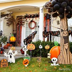 Create a fun-not-frightening atmosphere that ghouls and boys will *boo* and *aah* for! Goofy ghosts, haunted trees & more ... click for more Halloween decorating ideas!