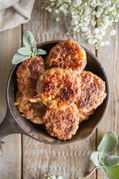 PaleOMG – Paleo Recipes – Sneak Peek Recipe from Juli Bauer's Paleo Cookbook: Apple Fennel Breakfast Sausage