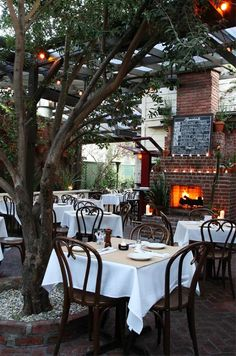 LA Wedding Venue: The outdoor patio at Dominick's is rustic, romantic and full of old Hollywood charm.