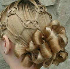 Celtic knot hair very cool