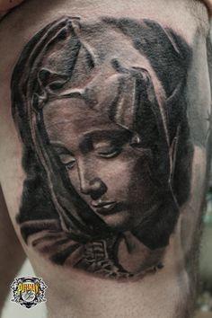 """""""La Pietà"""" #tattoo #tattooist #blackandgrey #realtattoo #tatuaggiotealistico www.pullmaxart.com"""