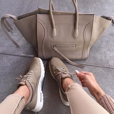 nude sneakers + nude celine Being fit is fashionable Celine Tote Bag, Tote Bags, Nike Thea, Sacs Design, Luxury Bags, Swagg, Me Too Shoes, Nike Air Max, Purses
