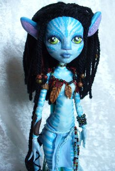 Monster High- its the girl from Avatar :D Custom Monster High Dolls, Monster Dolls, Monster High Repaint, Custom Dolls, Ooak Dolls, Blythe Dolls, Art Dolls, Cool Monsters, Creepy Dolls