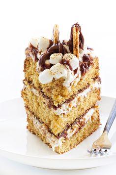 S'mores Cakes has al