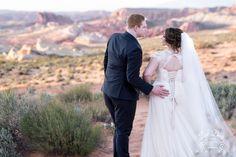#valleyoffirewedding #cathedralveil #desertwedding #redrockwedding #romanticwedding #destinationwedding
