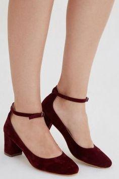 Kalın Topuklu Ayakkabı #modasto #giyim #moda https://modasto.com/oxxo/kadin/br2642ct2
