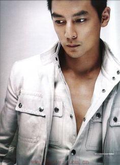 Daniel Wu looks great in white. #men #style
