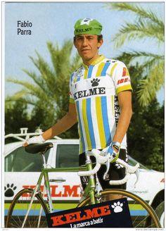 Este blog ha nacido para unir el ciclismo actual con aquel de antaño, para rememorar etapas y corredores míticos de la Historia del Ciclismo, permitiendo al mismo tiempo que nuestros lectores estén informados de la actualidad de este deporte. Cycling For Beginners, Bike Illustration, Vintage Cycles, Bicycle Race, Bike Rider, Pro Cycling, Vintage Sport, Wolf, Barcelona