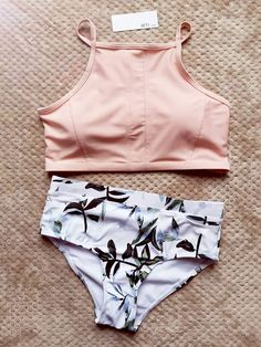 high neck swim bikini top modest swimwear swimsuits tank top bikini high waisted… High neck swimsuit with bikini top, modest swimwear High neck high waisted bikini top, two piece swimsuits Bathing Suits For Teens, Summer Bathing Suits, Swimsuits For Teens, Cute Bathing Suits, Summer Swimwear, Two Piece Swimsuits, Women Swimsuits, Teen Bikinis, Male Swimwear