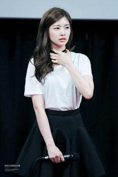 For the charming.Jung So Min 정소민 Young Actresses, Korean Actresses, Korean Actors, Actors & Actresses, Jung So Min, Itazura Na Kiss, Baek Seung Jo, Dramas, Korean Drama Series