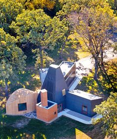 aerial view of Frank Gehry's 1987 Winton Guest House