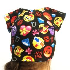 Hey, I found this really awesome Etsy listing at https://www.etsy.com/listing/400328663/beanie-for-adults-and-teens-with-kitten