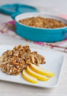 Fruity Baked Oatmeal with Crunchy Cinnamon Almond Topping