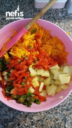 Efsane Salata – Nefis Yemek Tarifleri – Kolay yemekler – The Most Practical and Easy Recipes Salad Menu, Salad Dishes, Roasted Meat, Roasted Vegetables, Easy Salad Recipes, Easy Salads, Crab Stuffed Avocado, Cottage Cheese Salad, Southwestern Salad