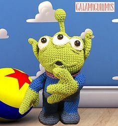 Patrón para reproducir como mascota o juguete una réplica amigurumi del Marciano del Gancho, de la serie Toy Story.